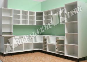 Кухонные корпуса, напольные и навесные