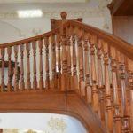 Облицовка лестницы массивом дуба