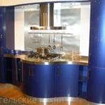 Кухня под заказ с радиусными фасадами