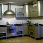 Кухни стального цвета