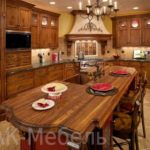 Фото кухонь с фасадами массив 2015