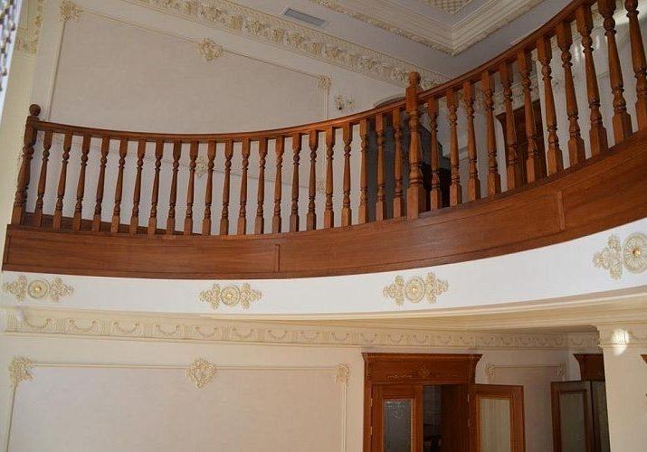 Облицовка массивом дуб,второй этаж, вид снизу