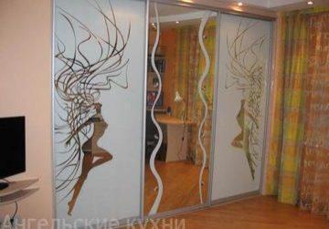 Шкафы купе с пескоструйным рисунком