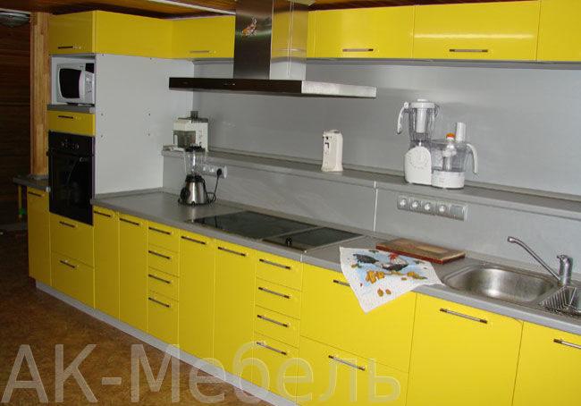 Кухня с фасадами МДФ пленка желтая
