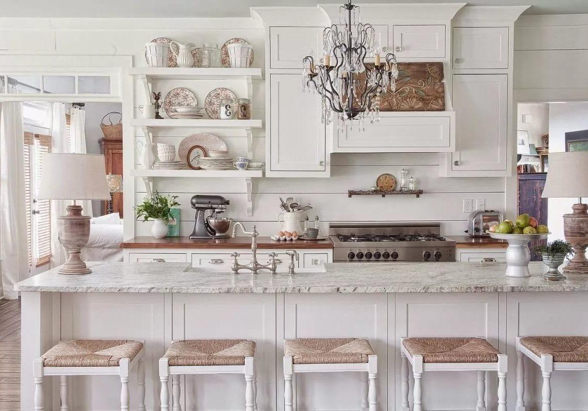 Белая кухня прованс с островом