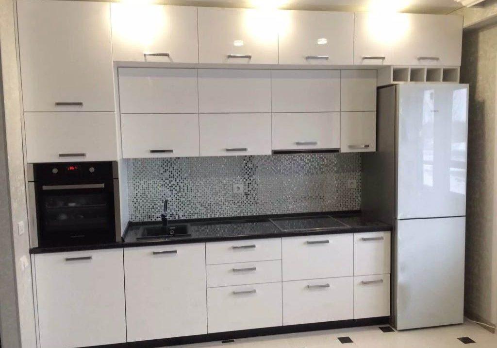Белая кухня прямая, МДФ пленка