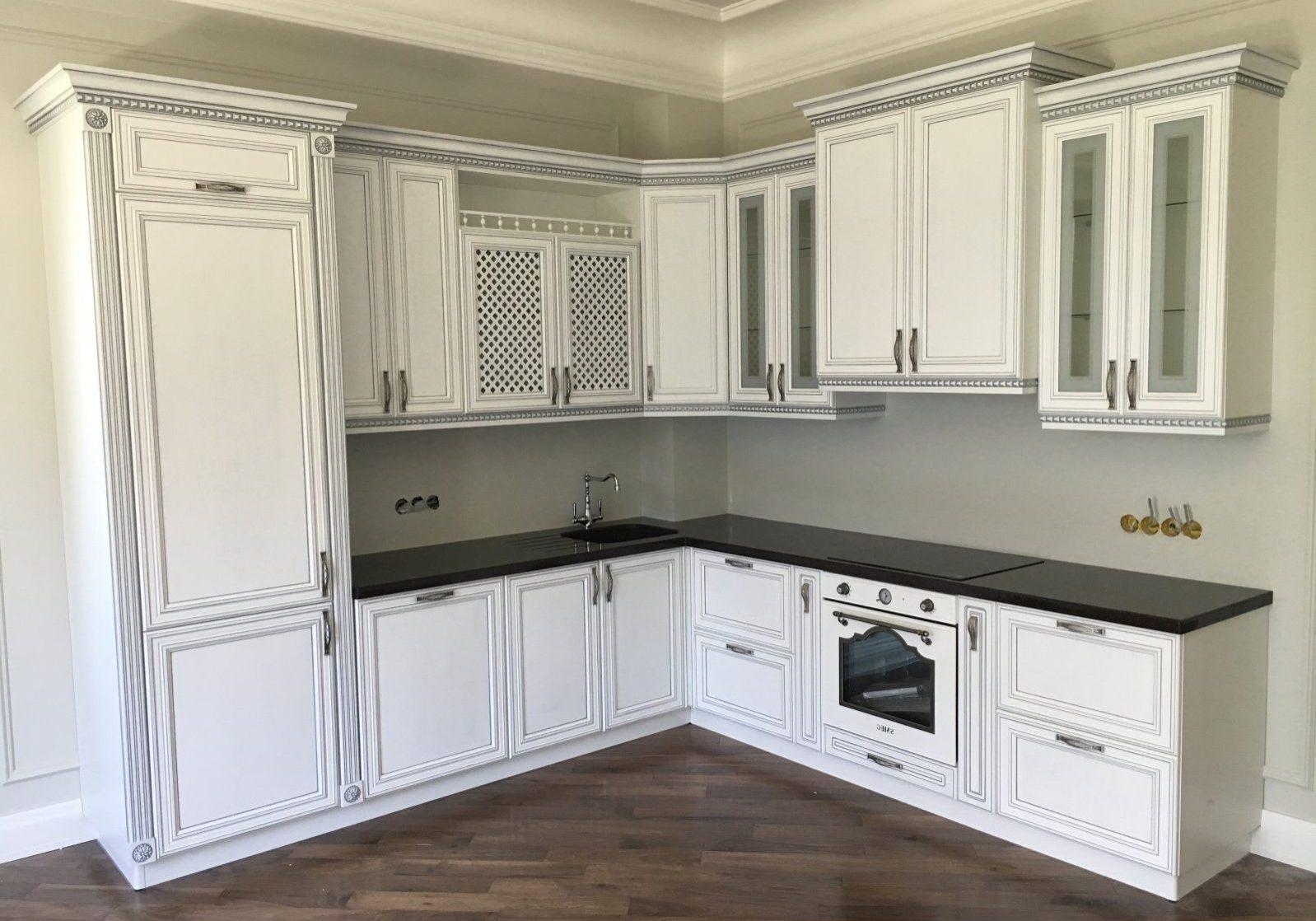 Белая кухня с патиной, МДФ эмаль