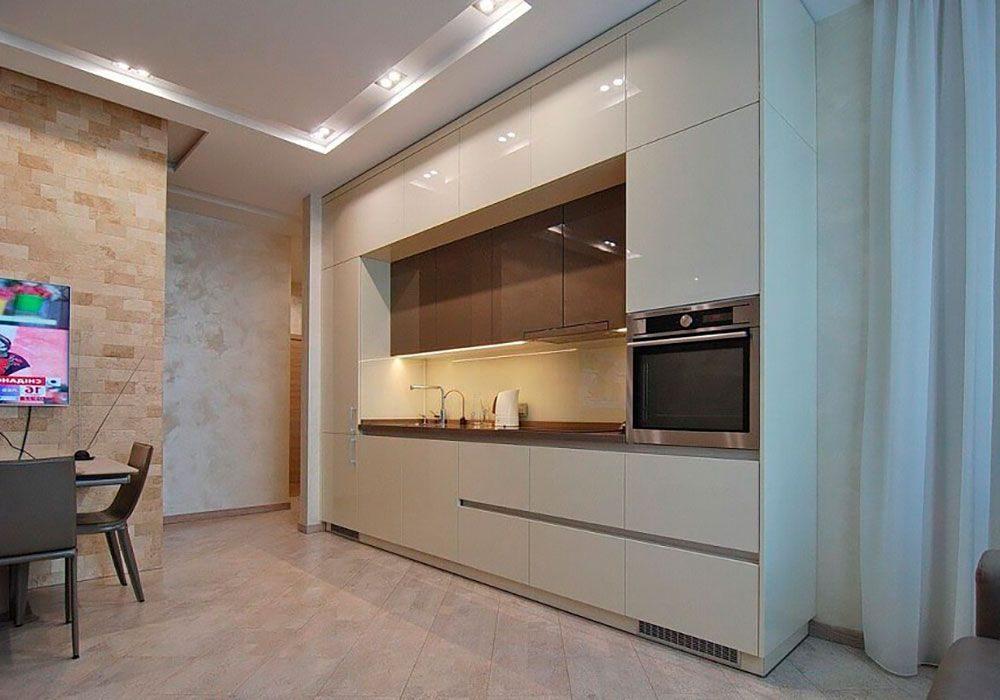 Бело-коричневая кухня глянец, прямая