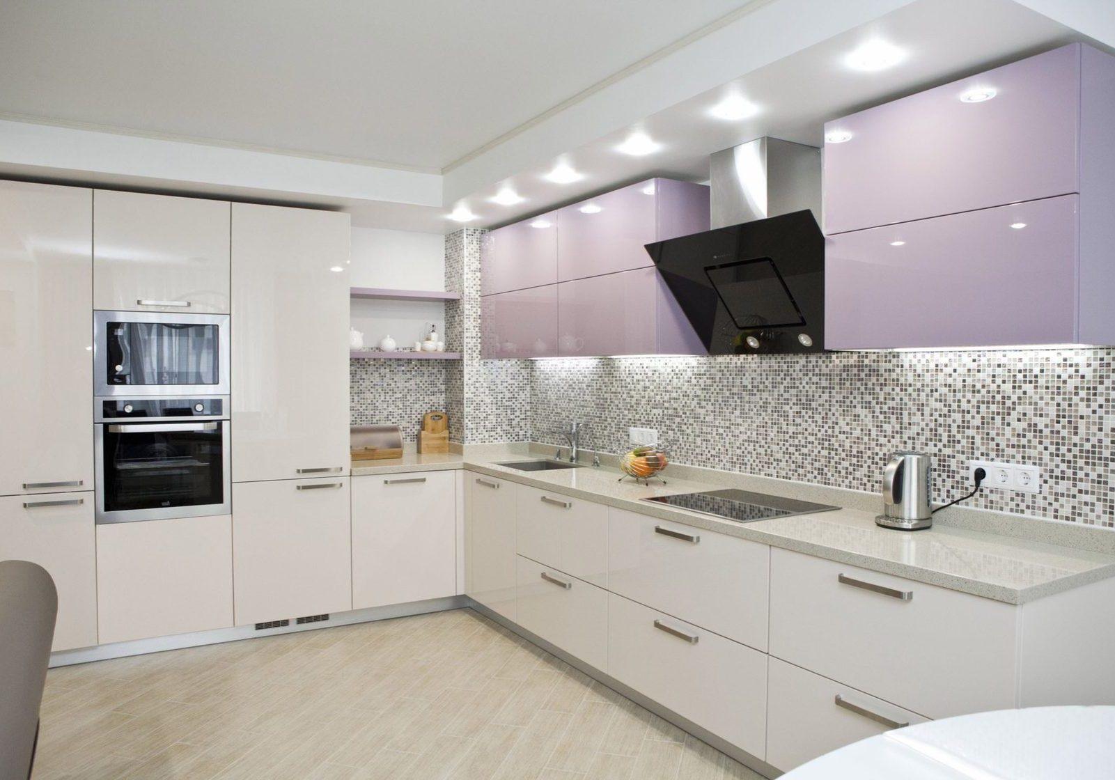 Бежево-розовая кухня МДФ под эмаль