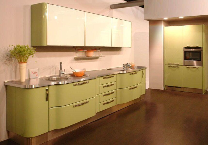 Бежево-зеленая кухня МДФ эмаль, оливкового цвета
