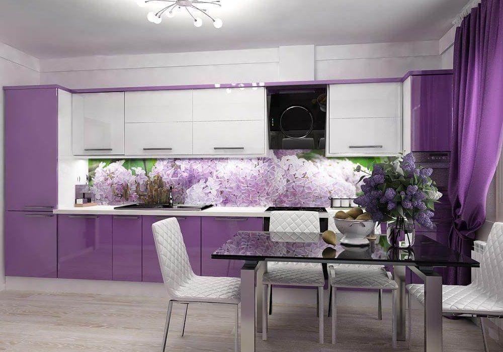 Большая бело-фиолетовая кухня прямая