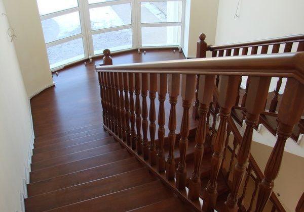 Второй марш дубовой лестницы