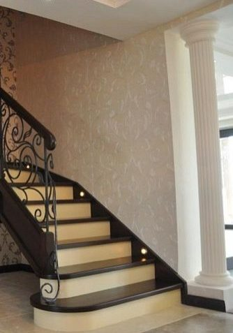 Деревянная лестница модерн