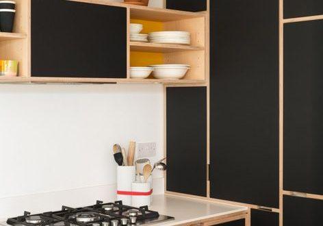 Черная кухня из фанеры