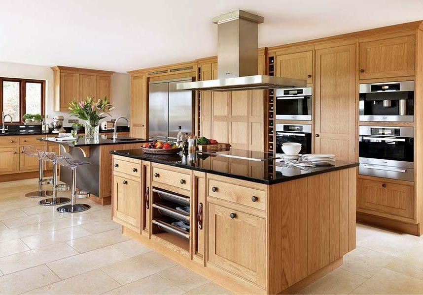 Деревянная кухня на заказ модерн
