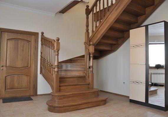 Тетива для деревянной дубовой лестницы
