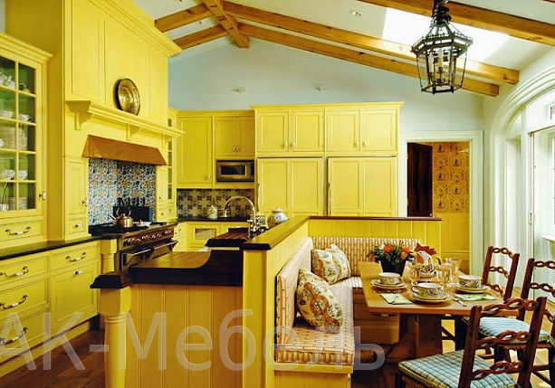 Ярко-желтая кухня с фасадами МДФ эмаль, с островом