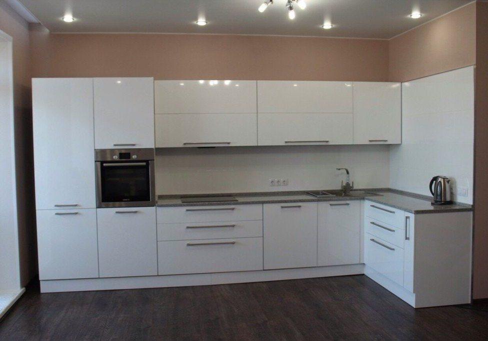 Глянцевая белая кухня, изготовление на заказ