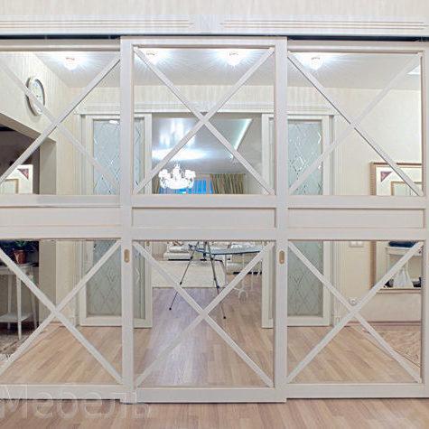 Шкафы из крашенного МДФ с зеркалом. Производитель АК-Мебель