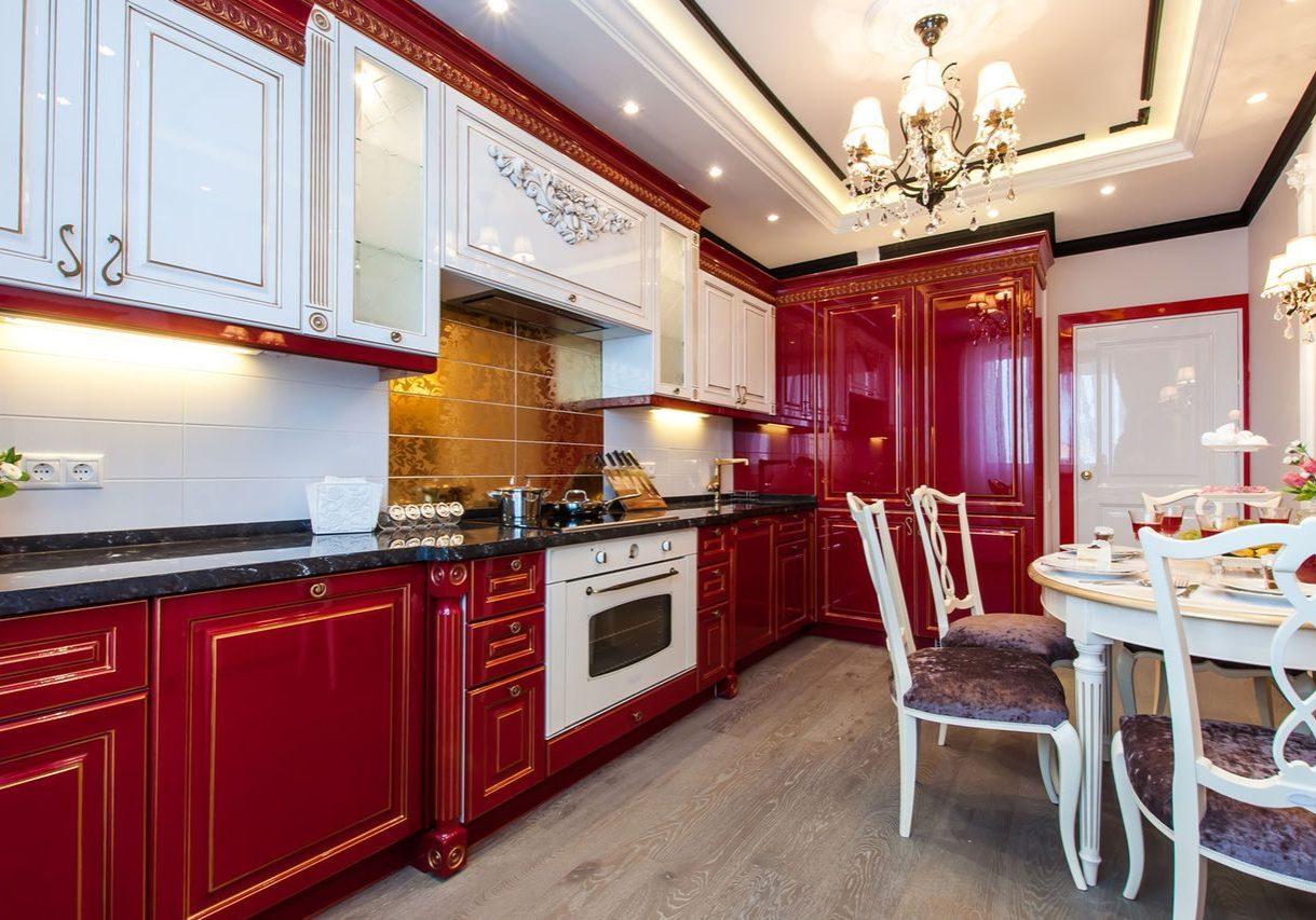Красно-белая большая угловая кухня классика, глянец, барокко