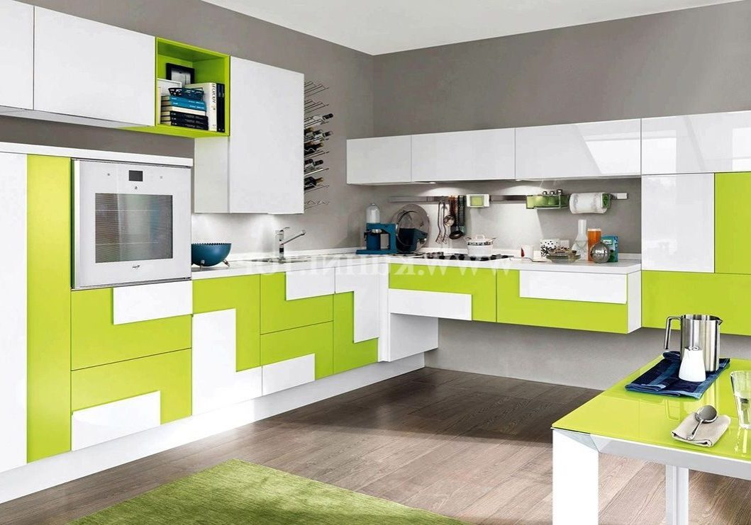 Кухня хайтек белого и зеленого