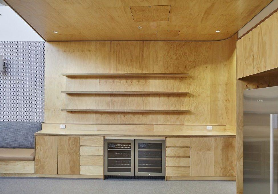 Кухня из фанеры, отделка панелями из фанеры