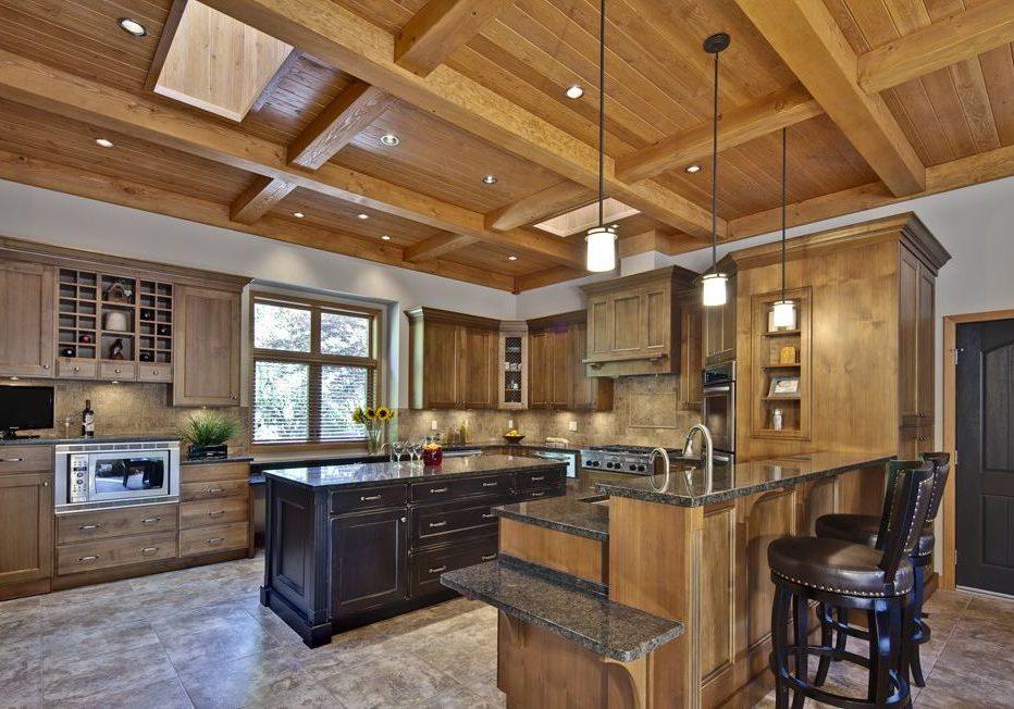 Кухня из массива дерево