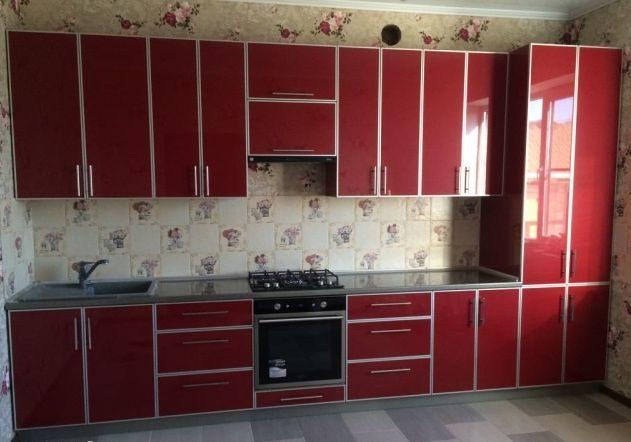Кухня из пластика, красная