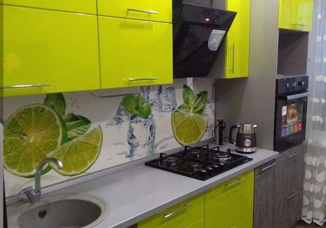 Кухня с фасадами лайм