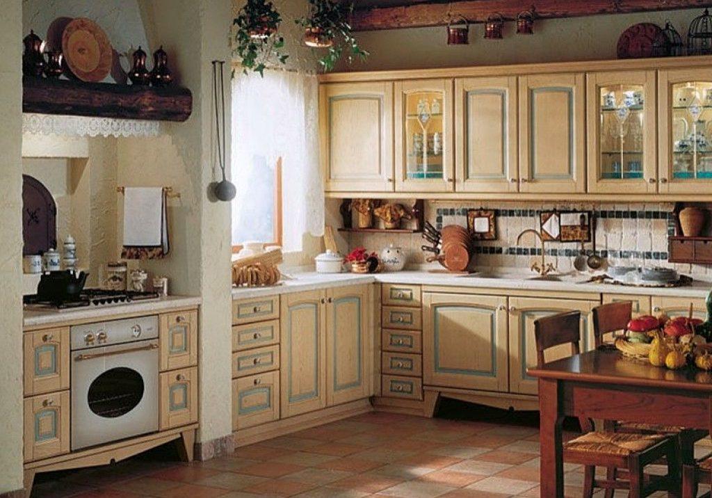 Кухня с фасадами массив дерева ясень