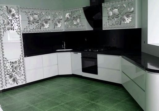 кухня с рисунком гжель черно белая
