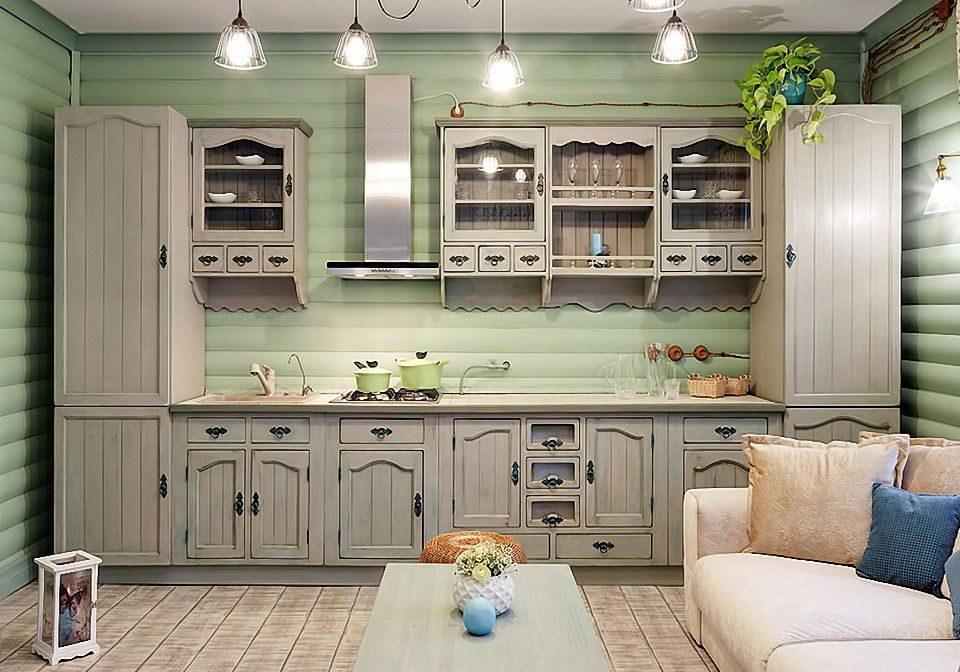 Кухня в стиле кантри, массив дерева