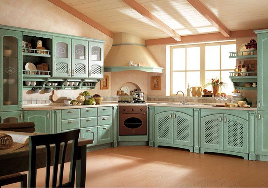 Кухня в стиле прованс с крашенными фасадами ясень