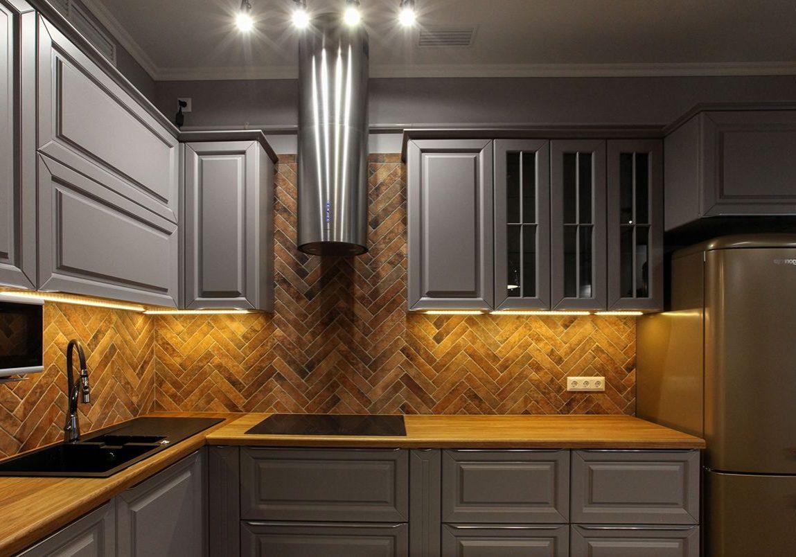 Кухонный гарнитур из МДФ серого цвета