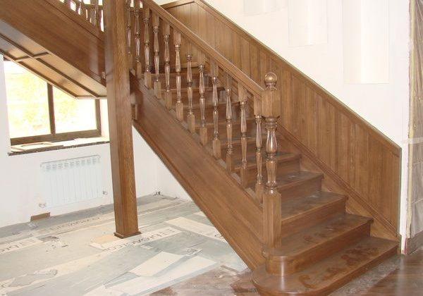 Входная зона лестницы для второго этажа