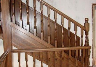 Поворот лестницы из дуба