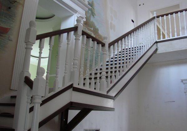 Тетива для лестницы из ясеня