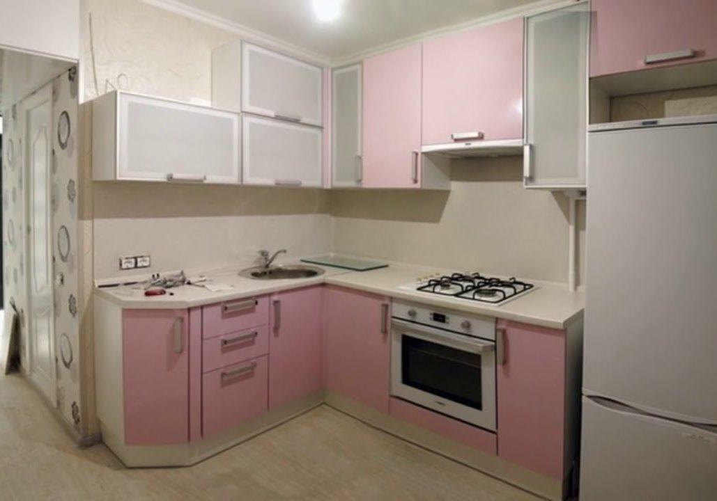 Маленькая розовая кухня