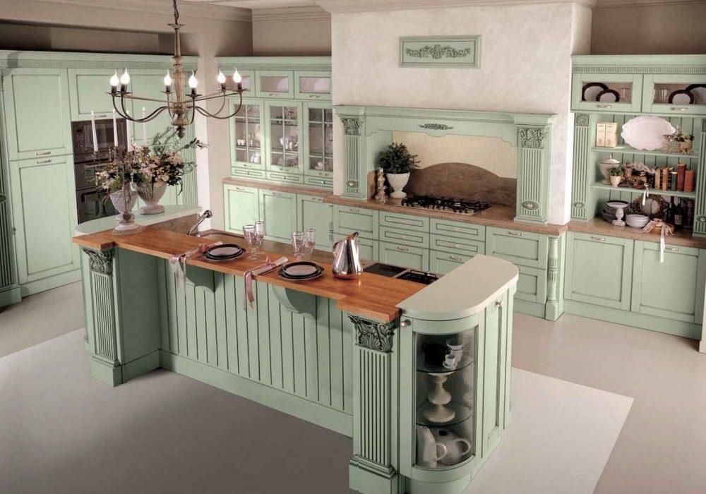 Прованс. Кухня с фасадами массив из ясеня