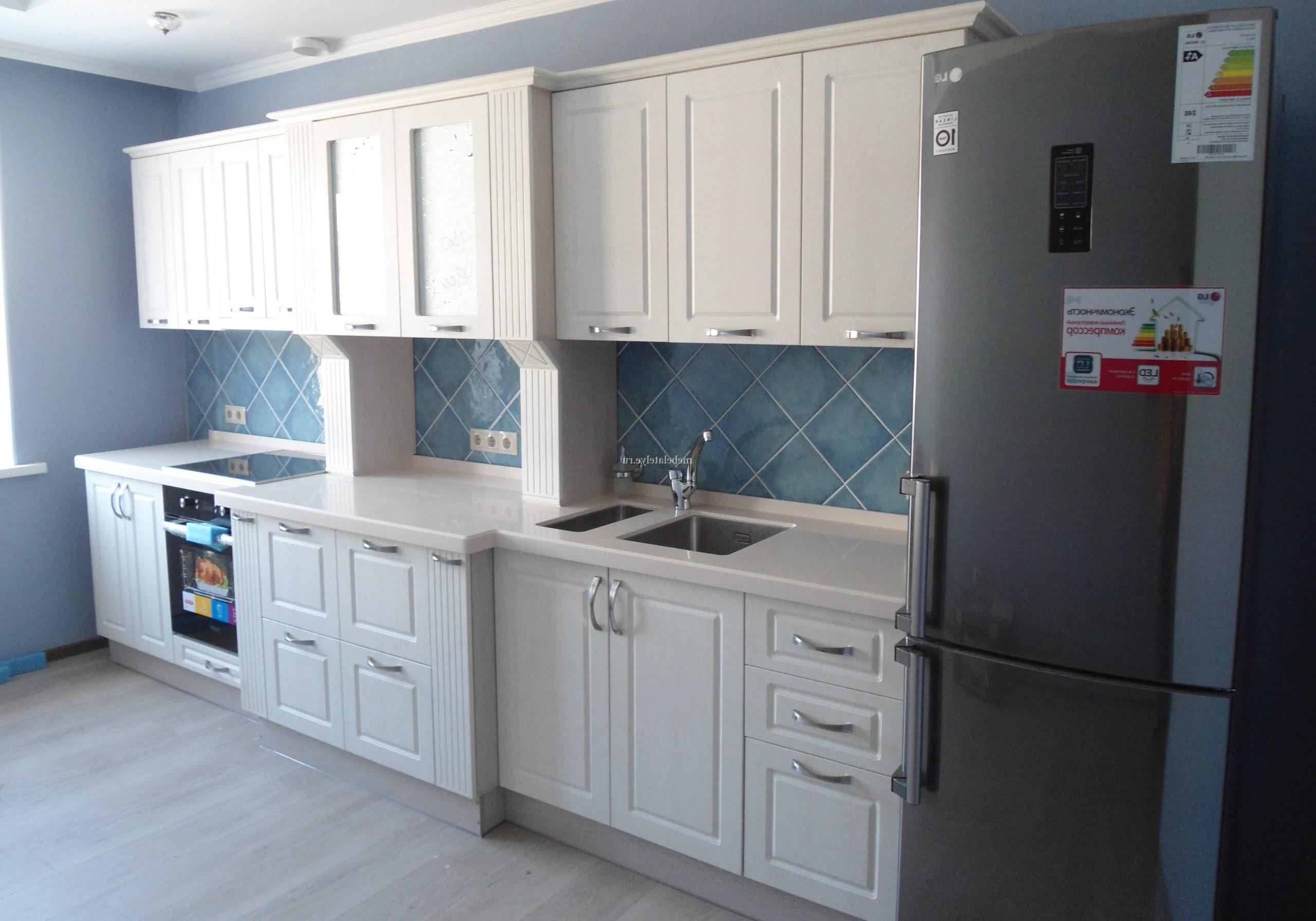 Прямая белая кухня модерн, матовая, фрезерованные фасады МДФ