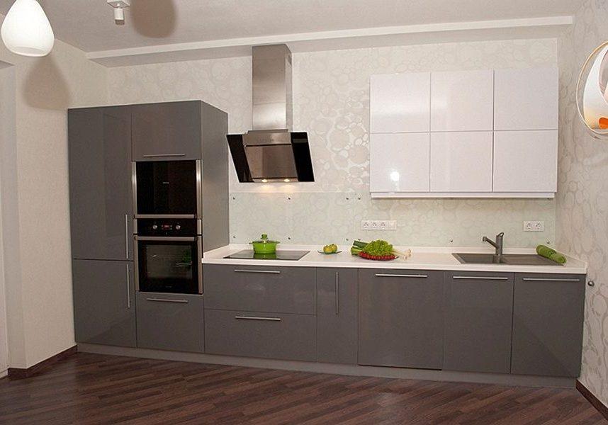 Прямая бело-серая кухня МДФ глянец крашенный