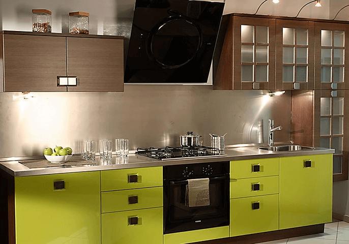 Прямая коричнево-зеленая кухня МДФ эмаль, шпон