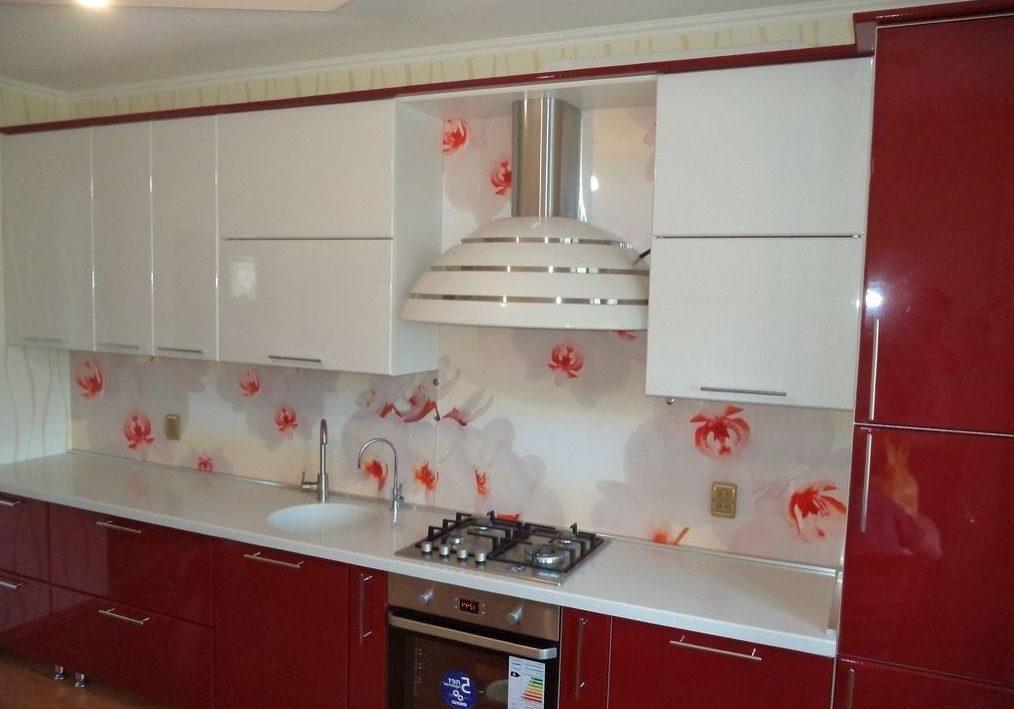 Прямая красно-белая кухня глянец, МДФ