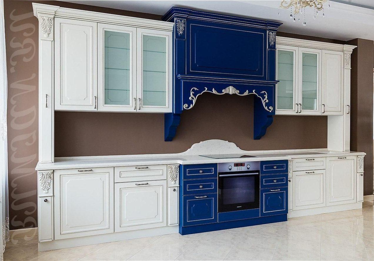 Прямая сине-белая кухня классика, МДФ матовый