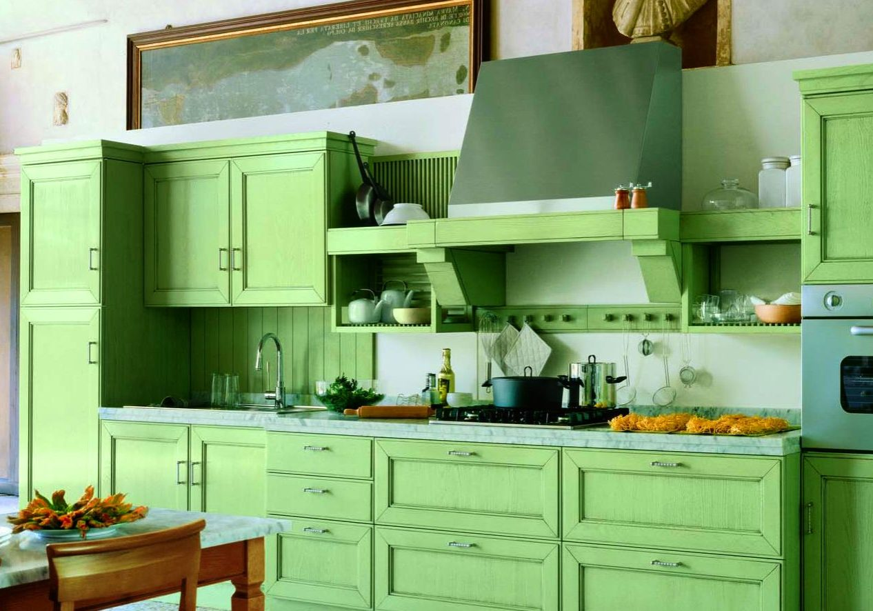 Прямая светло зеленая кухня МДФ шпон с деревом