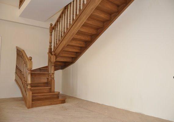 Входная зона прямой лестницы
