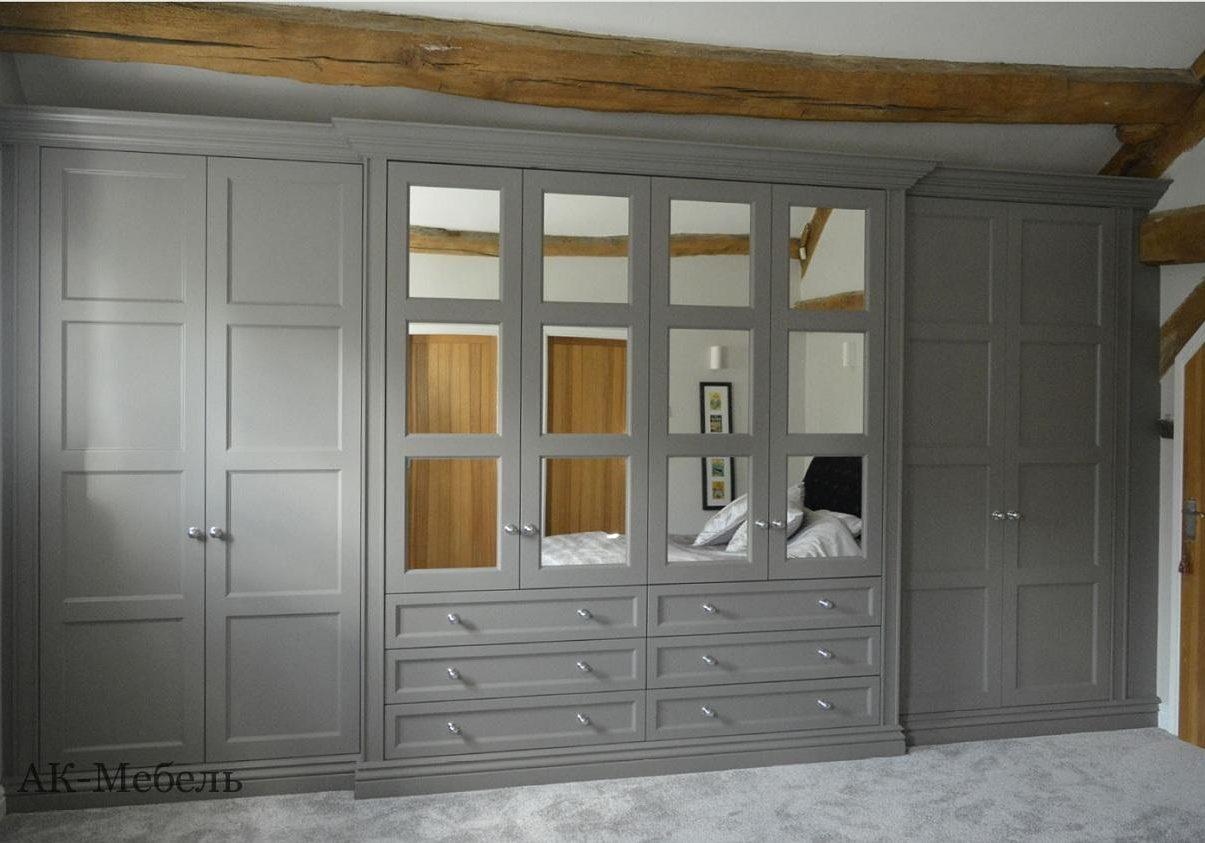 Распашной шкаф на заказ МДФ эмаль, серый в спальню