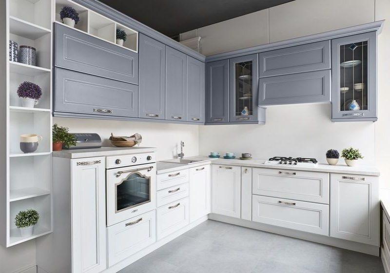 Серо-белая кухня модерн, угловая, матовая