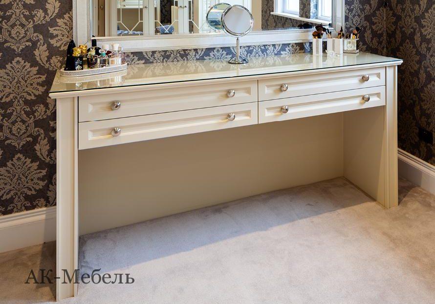 Шкаф МДФ крашенный эмаль для спальни с раскладкой на зеркале, столик