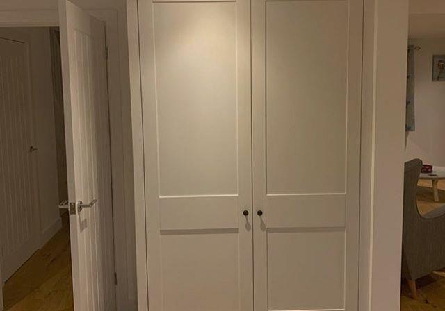 Шкаф распашной из МДФ